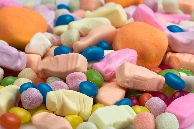 Auch zuviele Süßigkeiten senken das Testosteron